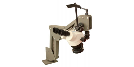 Flexible arm zoom stereo microscope